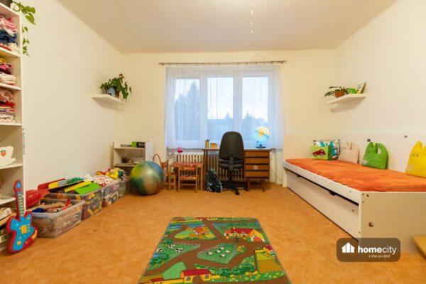 Dětský pokoj a postel