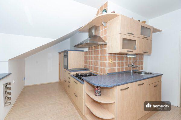 Fotografie celé kuchyňské linky